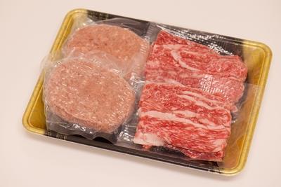 牛匠小形牧場牛すき焼き・ハンバーグセット