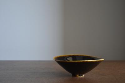 三笘修/鉄釉茶碗