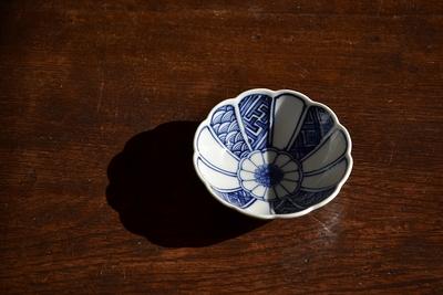 萠窯/菊三寸小鉢(小紋)