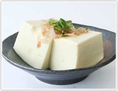 豆腐用大豆シュウレイで作った絹ごし豆腐