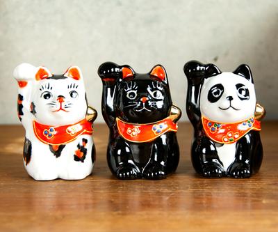 【送料割引・張り子のまめまねきプレゼント中!】九谷焼招き猫 2.5号