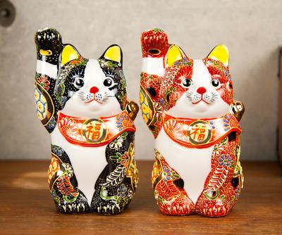 【送料割引・張り子のまめまねきプレゼント中!】九谷焼招き猫 盛小紋 4号