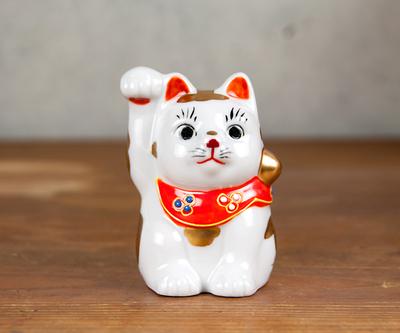 【送料割引・張り子のまめまねきプレゼント中!】九谷焼招き猫 金ブチ 2.5号