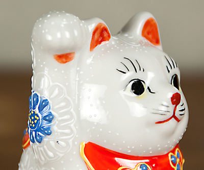 【送料割引・張り子のまめまねきプレゼント中!】九谷焼招き猫 白盛 2.5号
