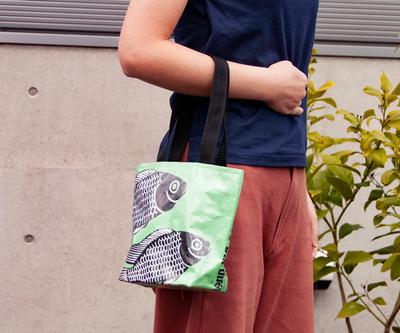 飼料袋リサイクルバッグ トート ヨコ型S
