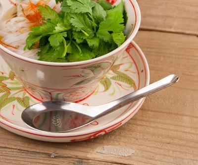 ベトナム食器 蓮の花印レンゲ
