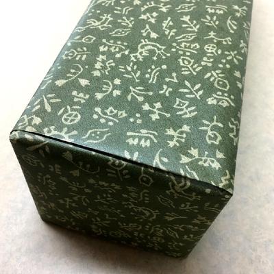 包装紙〔シックな深緑〕【お酒と一緒にご注文下さい】