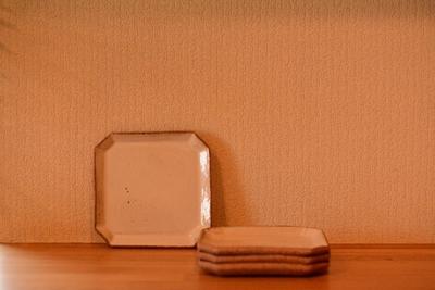 耕窯 「粉引四角菓子皿」