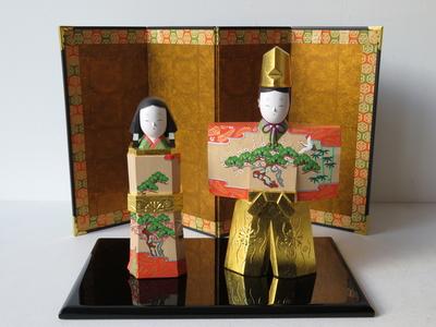 6) 奈良一刀彫 立雛 松竹梅6寸(高さ22センチ)