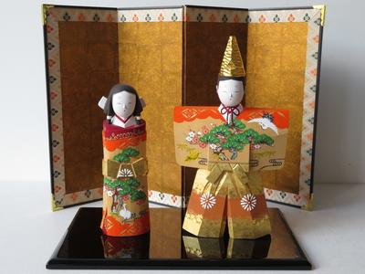 9) 奈良一刀彫 立雛 寿6寸(高さ21.5センチ)
