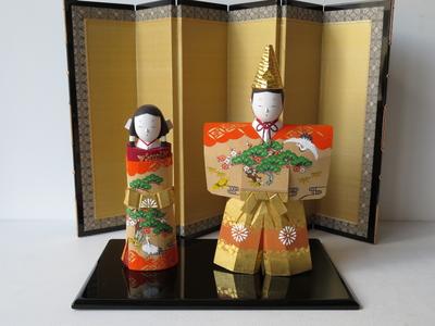 10) 奈良一刀彫 立雛 寿7寸(高さ26センチ)