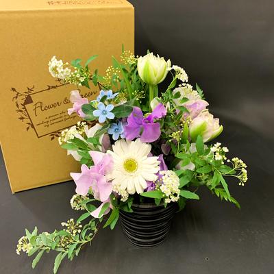 【小さな贈り物】お供えのアレンジメント◆季節のお花を使ったフラワーアレンジ◇お花の種類はお任せ★送料込み