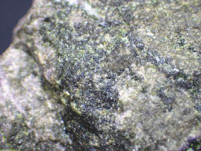 JKM117 灰バナジン石榴石・Goldmanite 鹿児島県大和鉱山