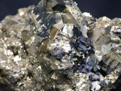 JKM23 黄鉄鉱・Pyrite 大分県豊栄鉱山