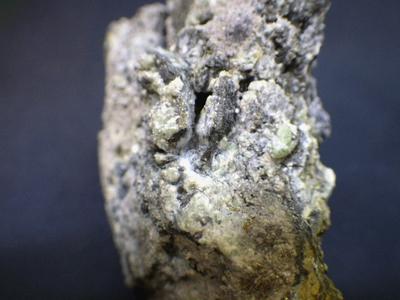 JKM82 ラドラム鉄鉱・Ludlamite 栃木県足尾鉱山