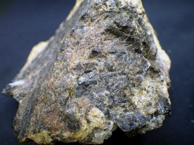 JKM85 ベータフェルグソン石とイットリア石とトール石とトロゴム石他・β-Fergusonite&Yttrialite,etc... 福島県第一水晶山