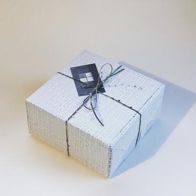 ギフト用 | フルラッピング(箱+ラッピング+糸かけ、手提げ紙袋付き)