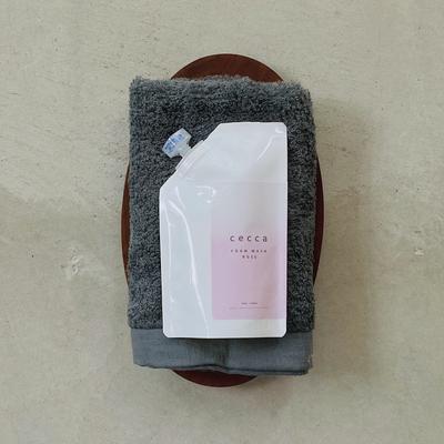 ローズ水と美容成分の泡で洗顔   雪加 洗顔用泡ソープ(ローズ)