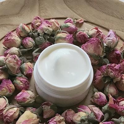 乾燥肌へ | ローズの保湿クリーム(顔用) 30g(製造月.2020.01)