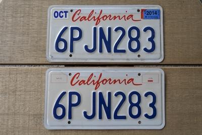 カリフォルニアライセンスプレート 2000年代 ペア