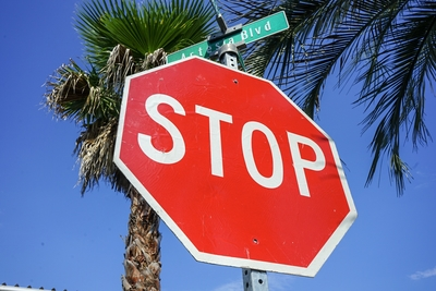 ロードサイン STOP (大)