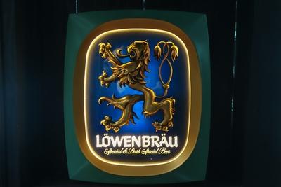 Löwenbräu ライトサイン