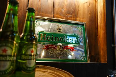 Heineken ビンテージパブミラー