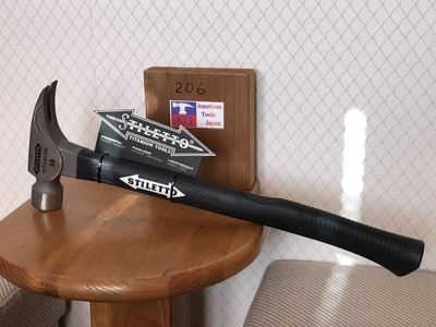 スティレトー チタン フレーミングハンマー1616 ツルツル面ファイバー柄