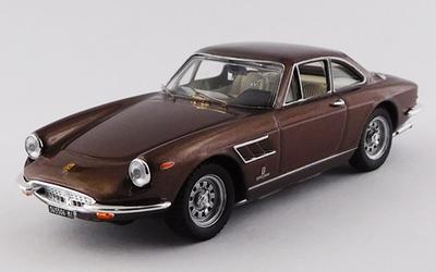 1/43 フェラーリ 330 GTC 1969 ブラウン
