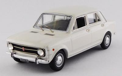 1/43 フィアット 128 4ドア 1969 ホワイト