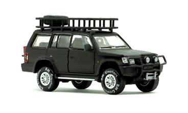 """1/64""""三菱 パジェロ  2nd Generation マットブラック Jungle pack  RHD"""""""