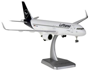 1/200 A320WW  ルフトハンザ  ランディングギア、スタンド付属