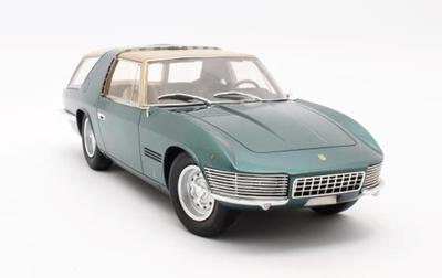 """1/18""""フェラーリ 330GT シューティングブレーク Vignale  1968 グリーン"""""""