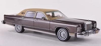1/43  リンカーン コンチネンタル タウンカー 1977  Mブラウン/ベージュ
