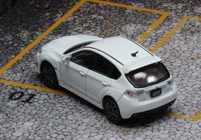 1/64  スバル 2009 インプレッサ WRX ホワイト (RHD)