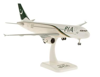 A320 パキスタン航空 ランディングギア/スタンド付属