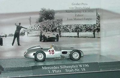 Mercedes Silberpfeil W196 1.platz Start-nr.18
