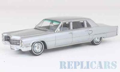 キャデラック フリートウッド 75 1966 メタリックグレー