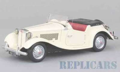 MG TD MKII 1950 ホワイト RHD