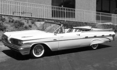 ポンティアック ボンヌビル コンバーチブル 1959  イエロー/ホワイト