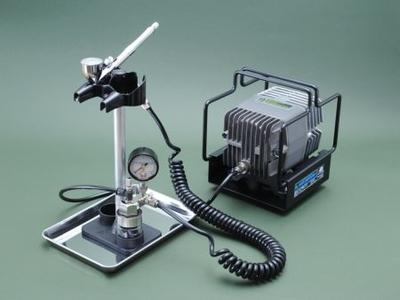 [Mr.HOBBY] リニアコンプレッサー L7 / プラチナブラシ・圧力計付レギュレーターセット