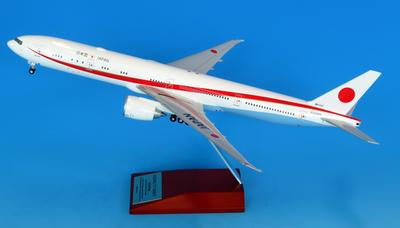"1/200 ""BOEING 777-300ER 80-1102 政府専用機  完成品(WiFiレドーム・ギアつき)""完成品"
