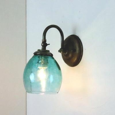no9 Azzurro Glass Studioブラケットランプ fc-w004-frit-tourmaline-no9
