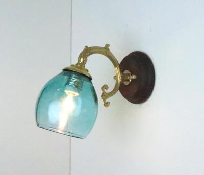 no9 Azzurro Glass Studioブラケットランプ fc-ww530g-frit-tourmaline-no9