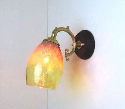 no1 Azzurro Glass Studioブラケットランプ fc-ww530g-frit-irisyellow-no1
