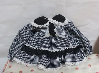 ドール服 濃紺(黒)ギンガムワンピース 35センチくらいサイズ