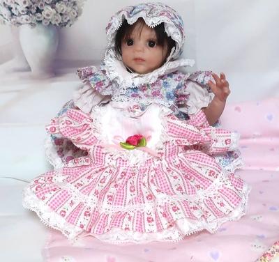 ドール服 ピンクストライプ花柄ワンピースと帽子 23㎝サイズ