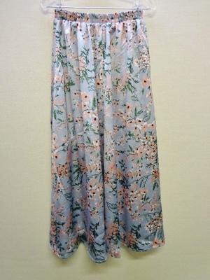 KOBE LETTUCE 神戸レタス サテン花柄パネルスカート サックス M2719