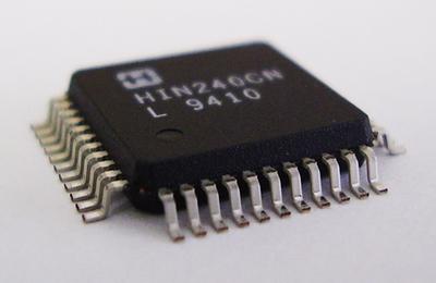 RS-232Cトランシーバ HIN240CN