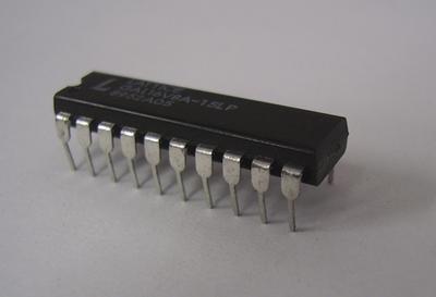プログラマブルロジック GAL16V8A-15LP